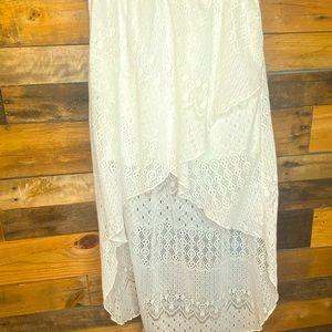 White High-Low Lace Skirt